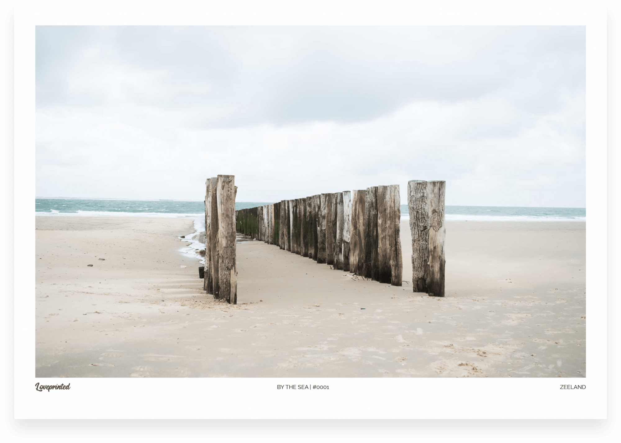 By the sea | An image of a Dutch beach made by Loveprinted